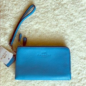 COACH Pebbled Leather Double Corner Zip Wallet NWT